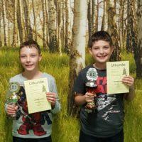Pokale für Fabian und Lukas
